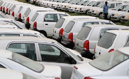جی ایس ٹی سے آسان ہوگی چھوٹی کاروں کی خریداری، مزید جانیے کتنا ملے گا فائدہ؟