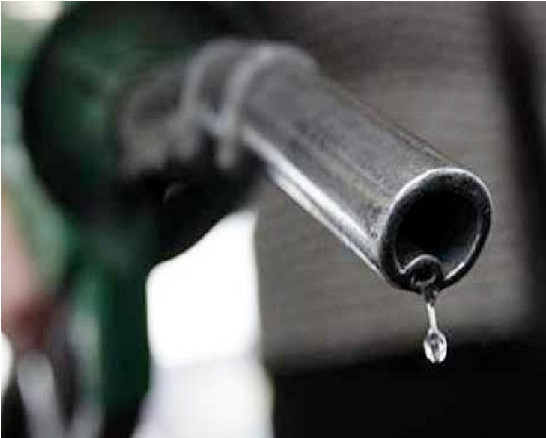 ڈیزل 9 روپے، پیٹرول 7 روپے ہوا مہنگا، اس طرح بڑھے پیٹرول-ڈیزل کی قیمت