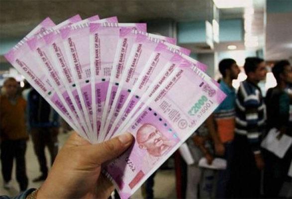 نوٹ بندی کے بعد کم ہوئی بینکوں میں سود کی شرح، لوگوں کے لئے قرض لینا ہوا سستا: مودی