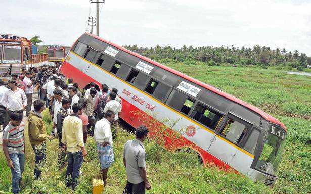 کرناٹک میں سڑک حادثہ میں8افراد  ہلاک