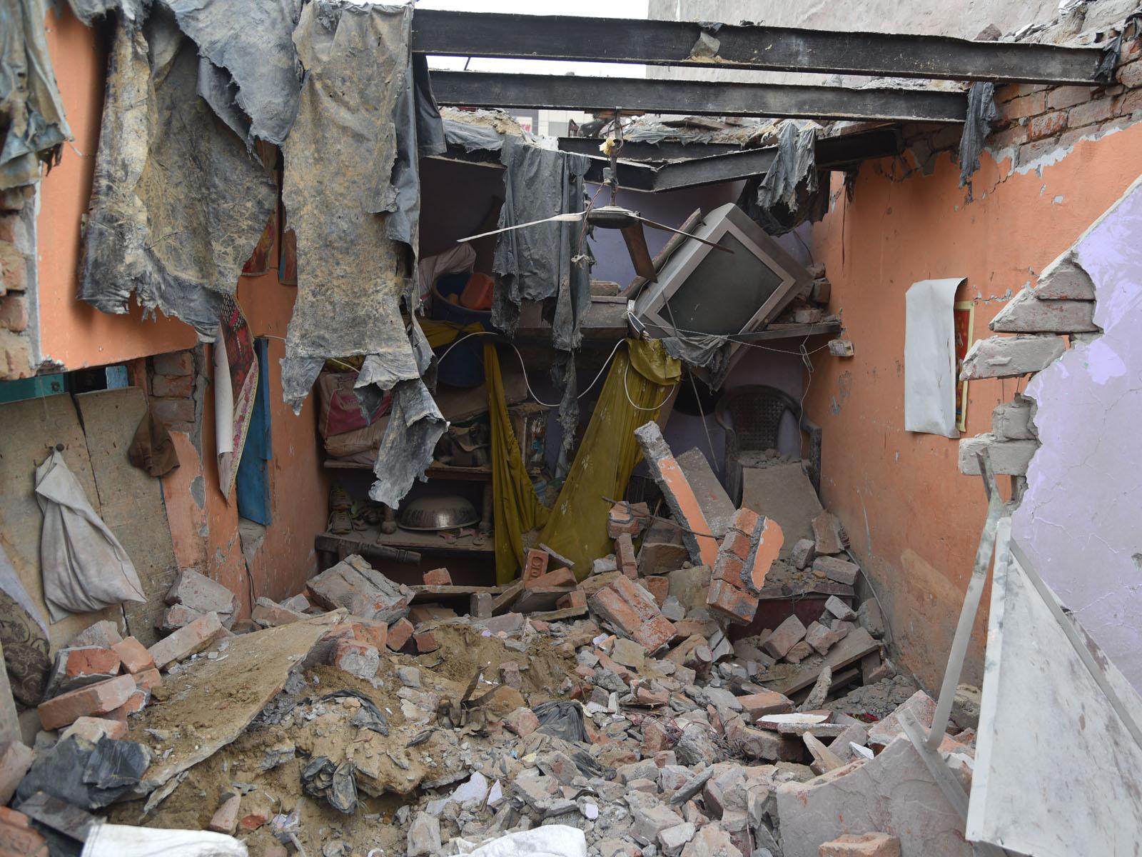 علی گڑھ میں دھماکہ:ماں،بیٹی کی موت،دو زخمی