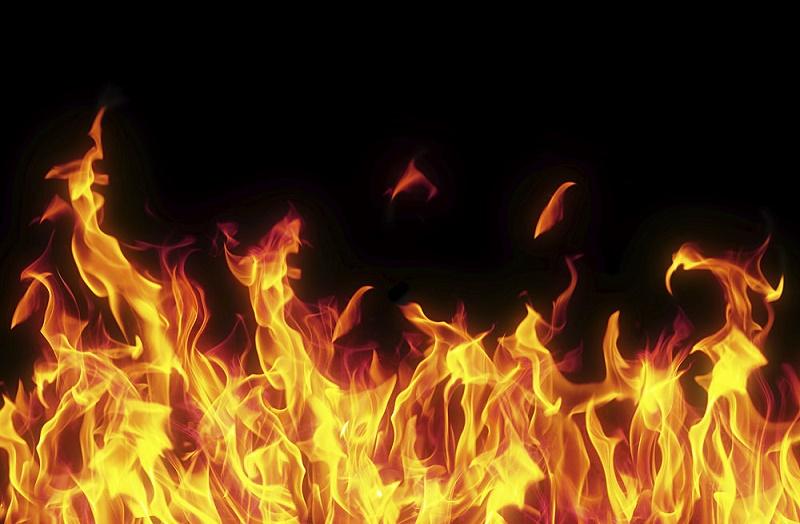 مشرقی دہلی میں جینس فیکٹری میں آگ، دو ہلاک