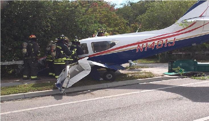 فلوریڈا کی سڑک پر حادثہ کا شکار ہوا جہاز