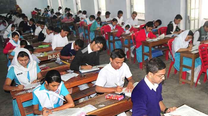 آندھراپردیش میں 26 مارچ سے دسویں جماعت کے امتحانات کا آغاز