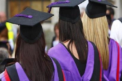 غیرملکی طالبعلم دوران تعلیم ورک ویزا حاصل کرسکیں گے:برطانیہ