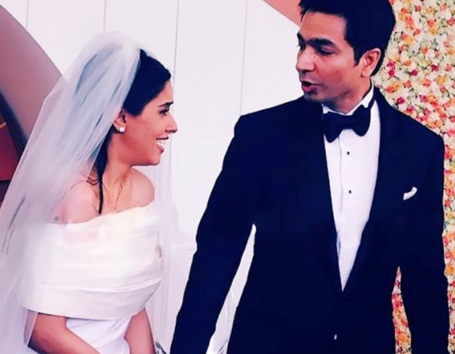 عیسائی رواج سے ہوئی آسین کی شادی، اب ہندو روایت سے لیں گی 7 پھیرے