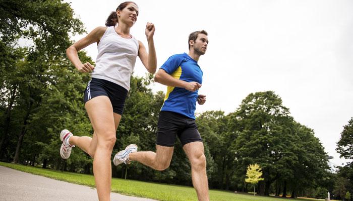 وزن کم کرنا چاہتے ہیں تو الگ الگ رفتار سے ٹہلیں