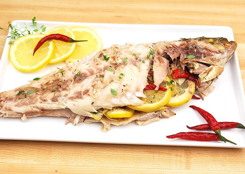 صاف اور بے داغ جلد کیلئے مچھلی اور سبزیاں کھائیں