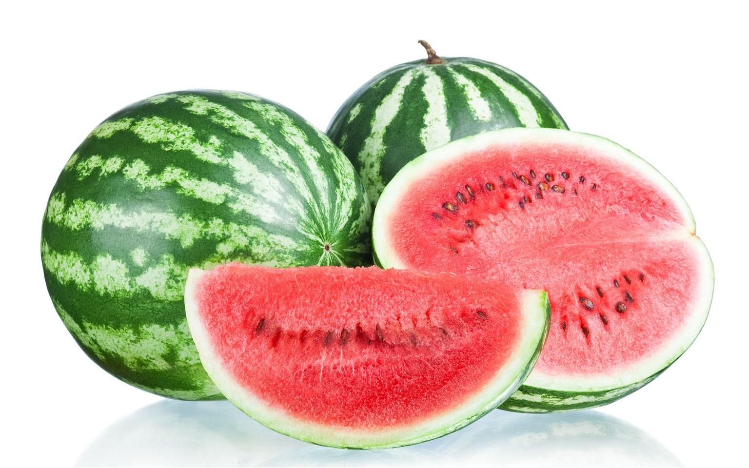 جلد کو دلکش اور خوبصورت بنانے میں پھل انتہائی مفید