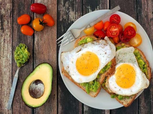 چوکنا اورذہن حاضررکھنے والی 4 اہم غذائیں