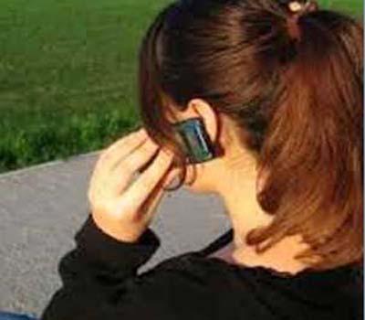 موبائیل فون سے چپکے رہنا دماغ کیلئے خطرناک