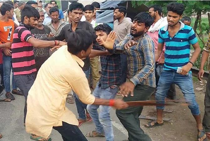 مسلم نوجوانوں کو گائے اسمگلنگ کے شک میں پٹائی کردی: یوپی