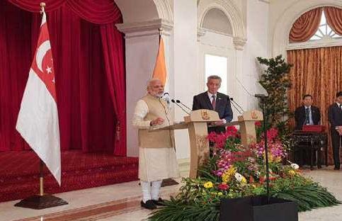 دفاع اور اقتصادی تعلقات کو مزید آگے بڑھائیں گے ہندوستان اور سنگاپور