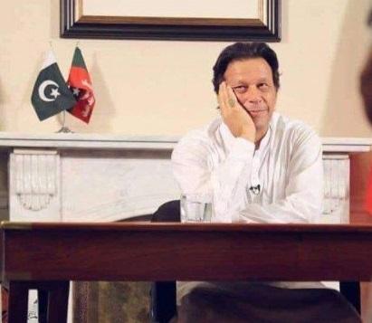 عمران خان پاکستان کے 22 ویں وزیر اعظم منتخب