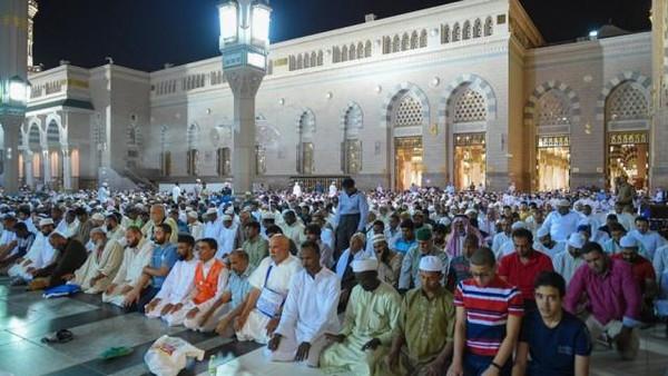 ڈرونز کے ذریعے زائرین کو منظم کیا جائے گا:سعودی
