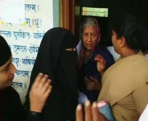 ووٹ ڈالنے کی اجازت مسلم خاتون کو نہیں ملی:کرناٹک انتخابات