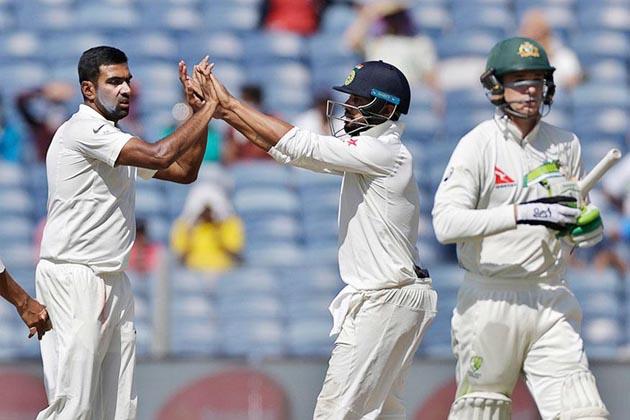 ہندوستان بمقابلہ آسٹریلیا: آسٹریلیا 285 رن پر آل آوٹ، ہندوستان کو ملا 441 رن کا مشکل ہدف