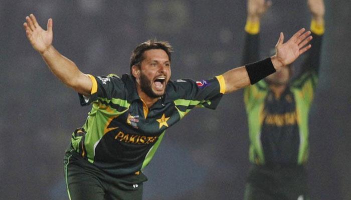 بنگلہ دیش سے شکست کے بعد پاکستانی ٹیم پرٹویٹر کے ذریعہ خوب مذاق-!