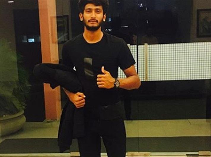 ایشیا کپ 2018: خلیل احمد ٹویٹر پر کرنے لگے ٹرینڈ