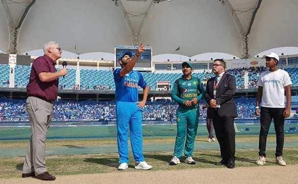 ہند بمقابلہ پاکستان ایشیا کپ 2018: ہندوستان نے پاکستان کو 162 رنوں پر کیا آل آوٹ