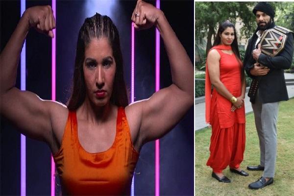 پہلی بار WWEمیں  ہندوستانی خاتون کی انٹری