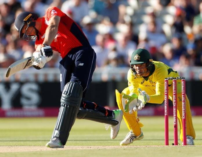 آسٹریلیا کو پہلے ٹی 20 میچ میں انگلینڈ نے 28رنز سے شکست دی
