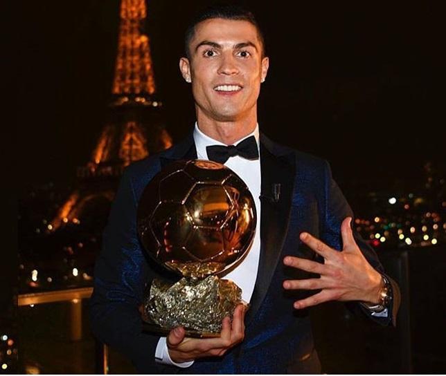 رونالڈو نے کی مسی کی برابری، پانچویں بار جیتا یہ بڑا ایوارڈ
