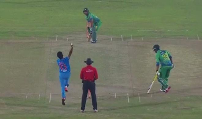 پاکستان 17.3 اوور 83، ٹیم انڈیا کو 84 کا ہدف