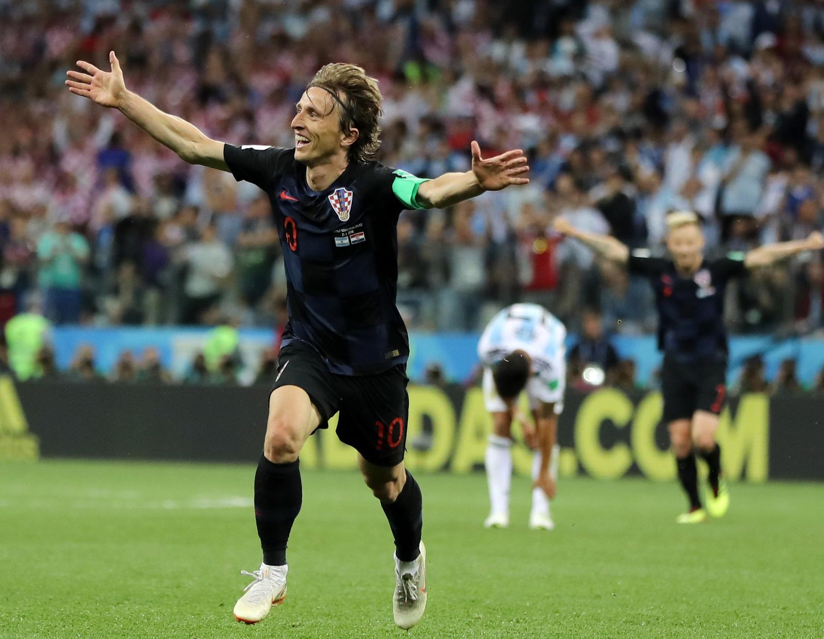 ارجنٹینا کو 0-3 سے شکست دے کر کروشیا ناک آؤٹ میں