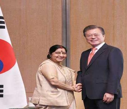 جنوبی کوریا کے صدر سے سشما سورا ج کی ملاقات