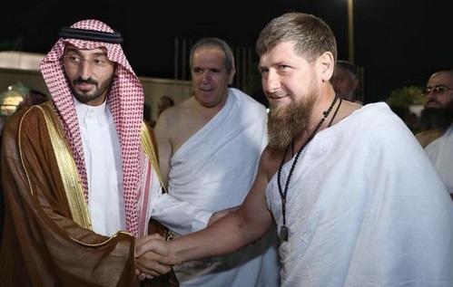 سعودی عرب میں چیچن صدر کی آمد: عمرہ ادائیگی