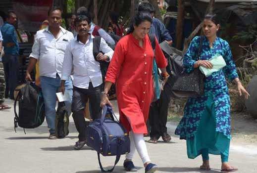 امرناتھ یاترا کے لیے پہلا قافلہ جموں سے کشمیر کی طرف روانہ