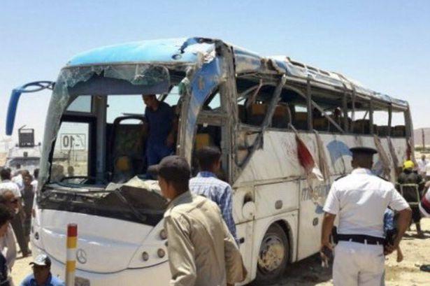 مصر میں قبطی عیسائیوں پر حملہ 26 ہلاک