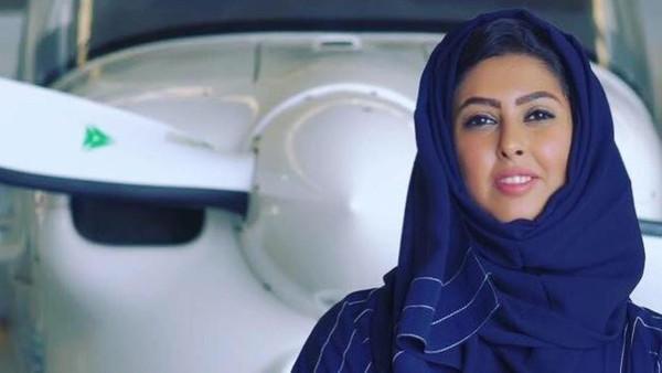 پانچ سعودی خواتین پائیلٹ قومی فضائی کمپنی میں کام کے لیے لائسنس کے حصول میں کامیاب