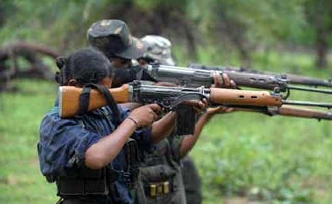 چھتیس گڑھ کے نکسل متاثرہ بستر کے علاقے میں 57 نکسلیوں نے ہتھیار ڈالے