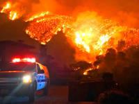 کیلی فورنیا میں آگ بجھانے میں ایک انجینئر ہلاک