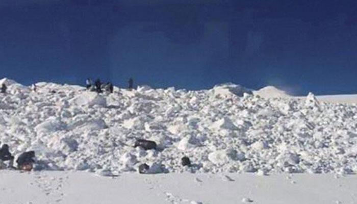 سیاچن میں برف کے تودے کی زد میں آیا فوج کا گشتی دستہ ؛ ایک نوجوان کی موت، 1 لاپتہ