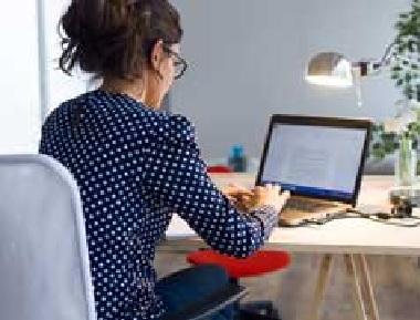 دنیا میں انٹرنیٹ کا استعمال کرنے والے 39 فیصد نوجوان ہندوستان، چین میں: اقوام متحدہ کی رپورٹ