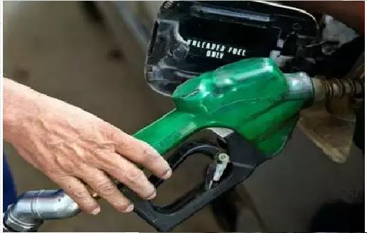 پیٹرول- ڈیزل کی قیمتوں میں تیسرے دن گراوٹ