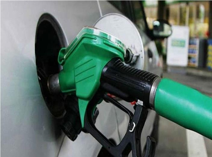 پٹرول اور ڈیزل پر لگے گا 28 فیصد GST، ویٹ بھی دینا ہوگا، حکومت لے سکتی ہے فیصلہ