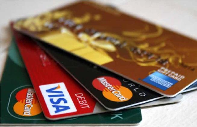 اے ٹی ایم کارڈ آج سے ہوجائیں گے بیکار، ماسٹر-ویزا کارڈ اور امریکن اسپریس کارڈ ہولڈرس پر پڑے گا اثر