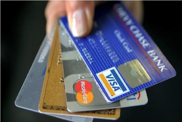 اگرآپ کے پاس بھی ہے ڈیبٹ اور کریڈٹ کارڈ تو آج ہی بدل لیں