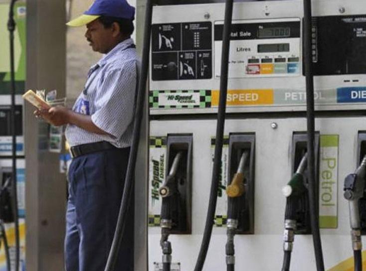 دہلی میں کل سے بی ایس -6 پیٹرول اور ڈیزل دستیاب