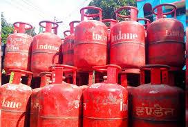 رسوئی گیس کی قیمت کم کرنے کا مطالبہ
