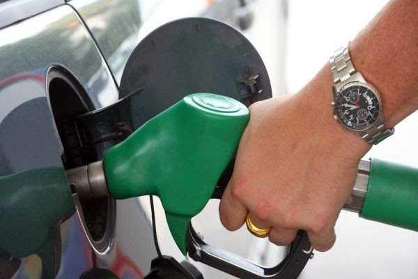 پٹرول اور ڈیزل کی قیمتوں میں 19 دن بعد اضافہ