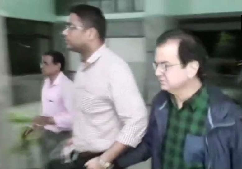 پی این بی اسکام: مہیول چوکسی کا قریبی دیپک کلکرنی کولکتہ ایئرپورٹ سے گرفتار