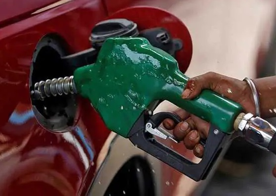 کولکتہ، ممبئی اور چنئی میں پیٹرول 80 کے پار، دہلی میں سب سے سستا