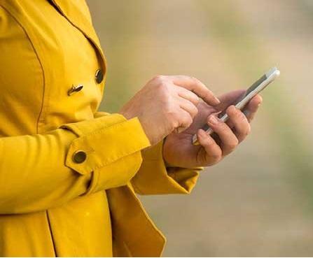 لینووو ،موٹورولا اسمارٹ: آن لائن نہیں خریدیں تو بھی جلد ہی سستے ملیں گے فون!