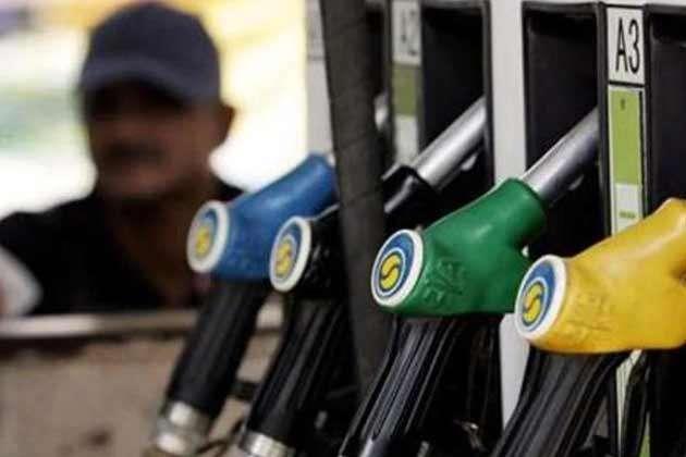 پیٹرول پمپ ڈیلرس نہیں کریں گے ہڑتال، 16 جون سے روز بدلیں گے پٹرول-ڈیزل کی قیمتیں