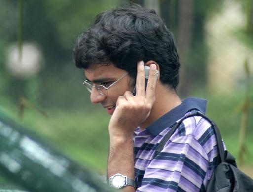 کال ڈراپ پر ریگولیشن نافذ کرنے کی مانگ کو لے کر HC میں مفاد عامہ کی عرضی
